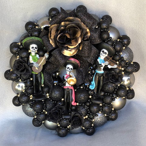 Small Los Mariachis Wreath